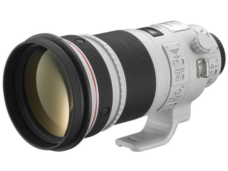 Canon EF 300mm f/2.8L II IS USM (pri kúpe s fotoaparátom -600€ SPÄŤ)
