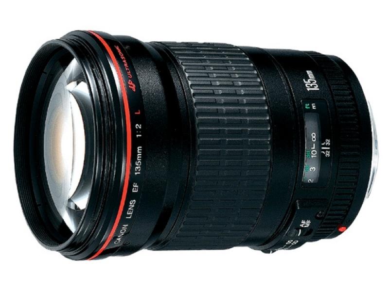 Canon EF 135mm f/2.0L USM (pri kúpe s fotoaparátom -125€ SPÄŤ)