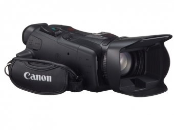 Canon HFG30 FullHD poloprofi kamera